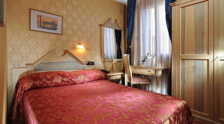 Venetië, Hotel Tintoretto, Standaard kamer