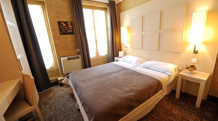 Parijs, Hotel Du Vieux Saule, Standaard kamer