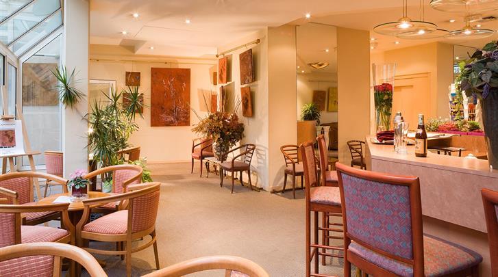 Parijs, Hotel Abrial, Ontbijtrestaurant