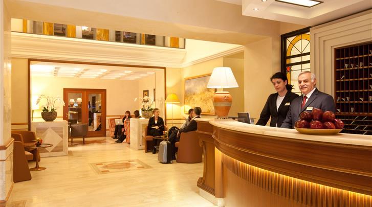 Rome, Hotel Diana, Receptie