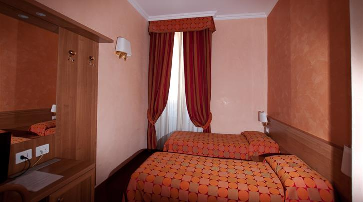 Rome, Hotel Clarin and Morpheus, Standaard kamer