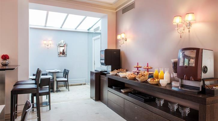 Parijs, Hotel Corona Rodier, Ontbijtruimte