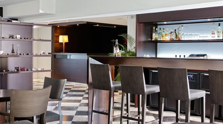 Athene, Hotel Acropolis Hill, Hotel bar