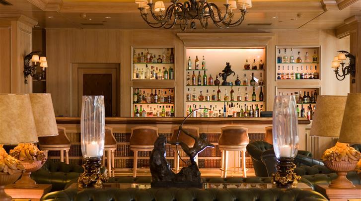 Athene, Hotel Royal Olympic, Lobby bar