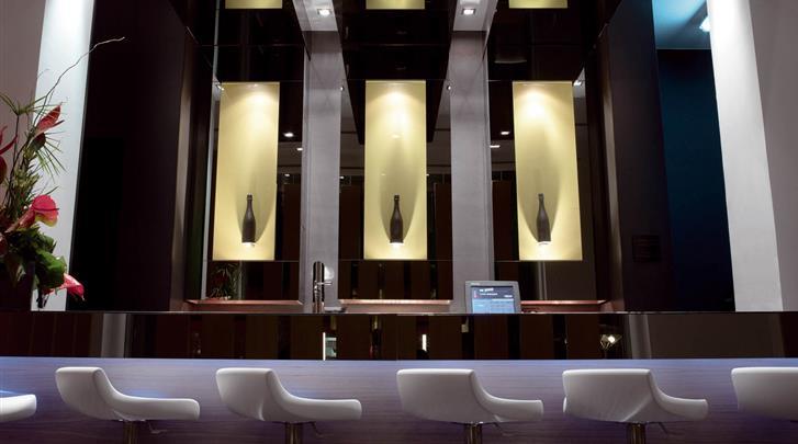 Barcelona, Hotel Barcelona Catedral, Hotel bar