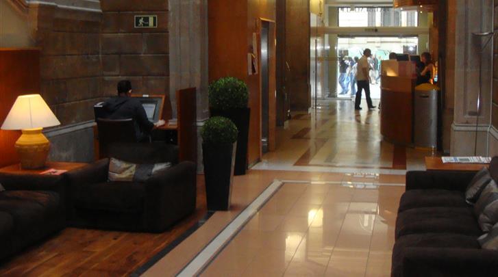 Barcelona, Hotel Catalonia Portal de l'Angel, Lobby