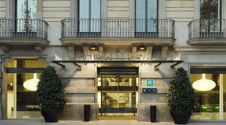 Barcelona, Hotel H10 Casanova, Façade hotel