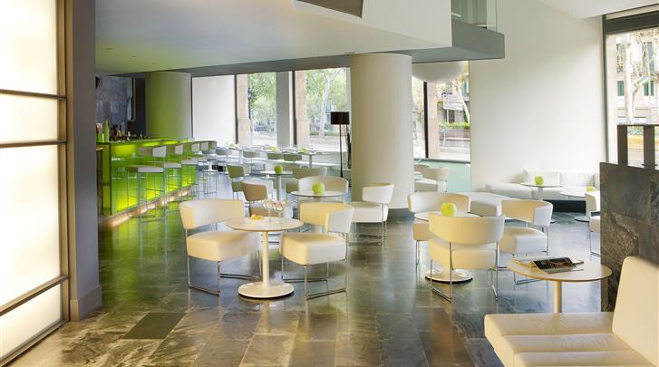 Barcelona, Hotel H10 Casanova, Lobby