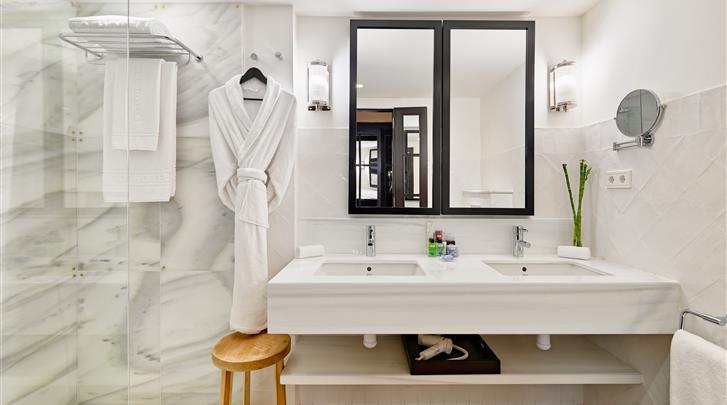 Barcelona, Hotel H10 Metropolitan, Badkamer