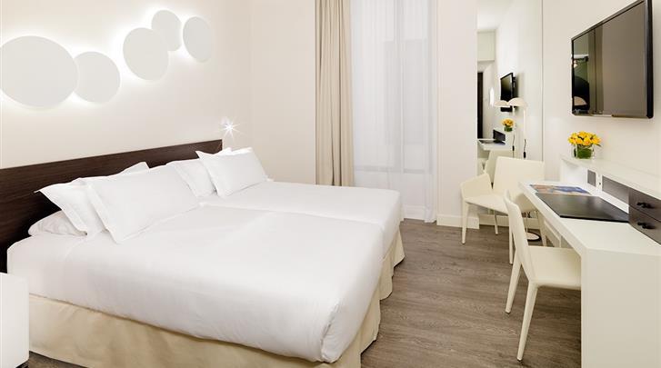 Barcelona, Hotel H10 Port Vell, Standaard kamer