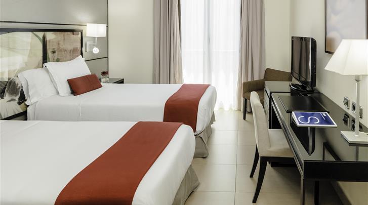 Barcelona, Hotel H10 Universitat, Kamer met aparte bedden