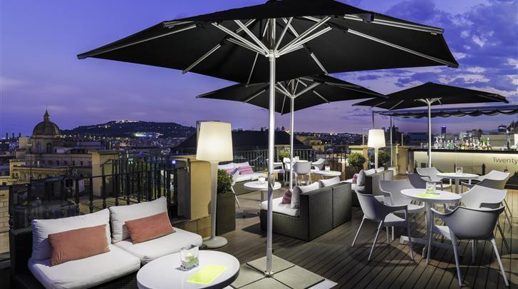 Barcelona, Hotel H10 Universitat, Terras