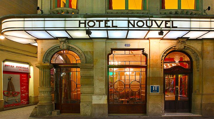 Barcelona, Hotel Nouvel, Façade hotel