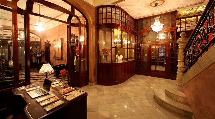 Barcelona, Hotel Nouvel, Lobby