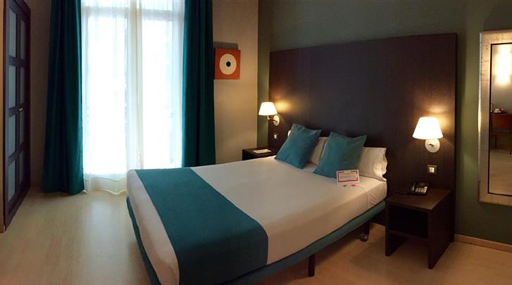 Barcelona, Hotel Oriente Atiram, Standaard kamer