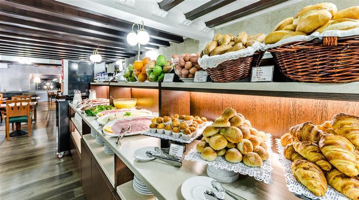 Barcelona, Hotel Suizo, Ontbijtbuffet