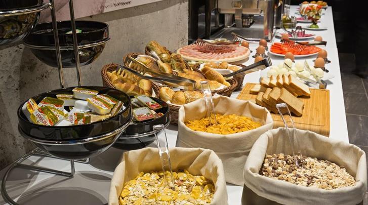 Belgrado, Hotel Marquise, Ontbijtbuffet