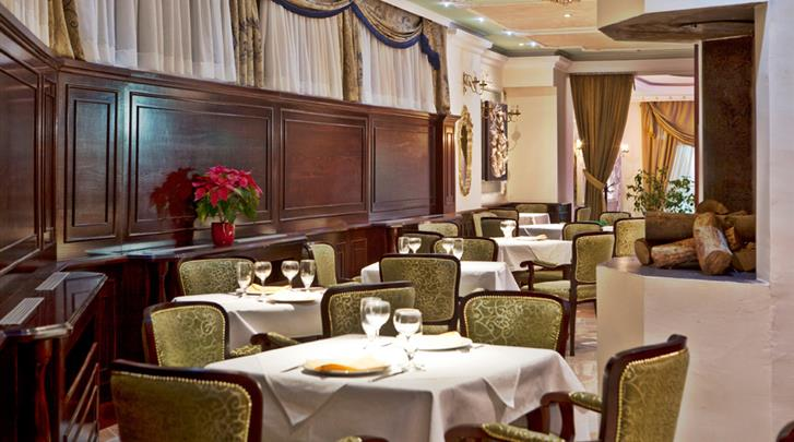 Belgrado, Hotel Queen's Astoria, Restaurant