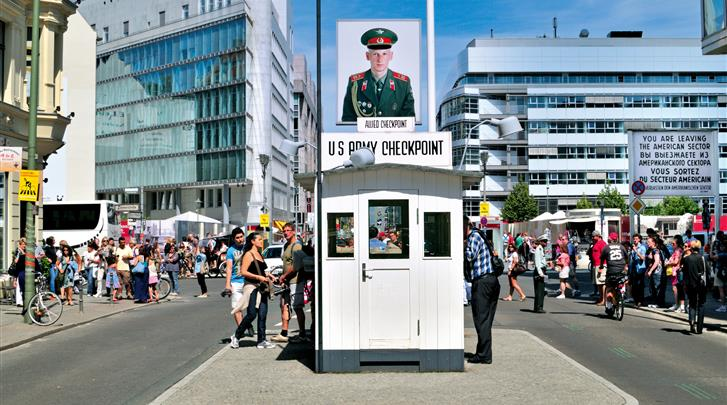 Berlijn, Aparthotel Wilde by Staycity Checkpoint Charlie, Om de hoek bij Checkpoint Charlie