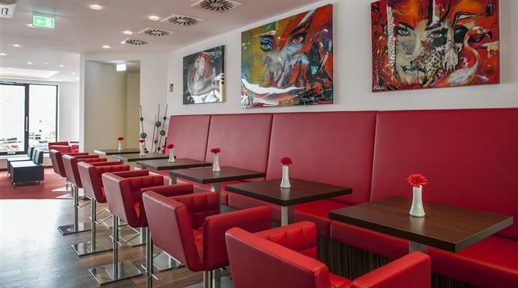 Berlijn, Hotel Best Western Plus Plaza Berlin Kurfürstendamm, Ontbijtruimte