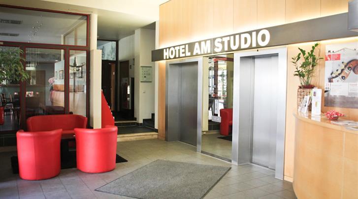 Berlijn, Hotel Concorde am Studio, Receptie