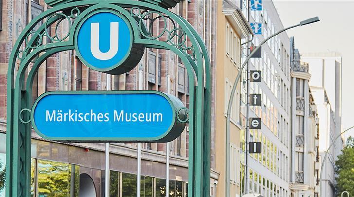 Berlijn, Living Hotel Berlin-Mitte, Metrohalte voor de deur