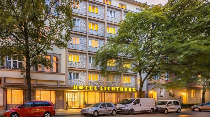 Berlijn, Novum Hotel Lichtburg, Façade hotel
