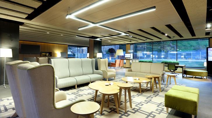 Bilbao, Hotel Barcelo Occidental Bilbao, Lobby