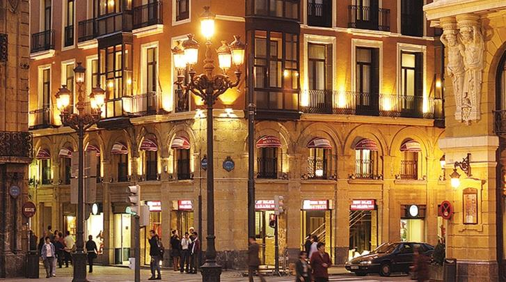 Bilbao, Hotel Petit Palace Arana, Façade hotel