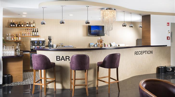 Boedapest, Bo33 Hotel, Hotel bar