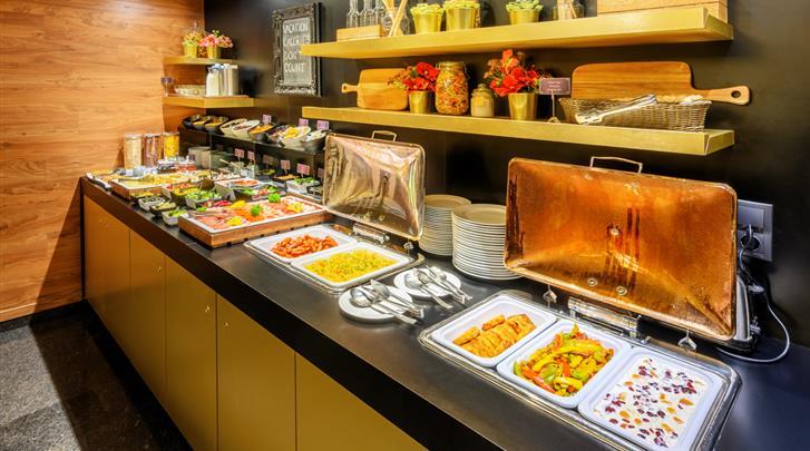 Boedapest, Hotel Ambra, Ontbijtbuffet