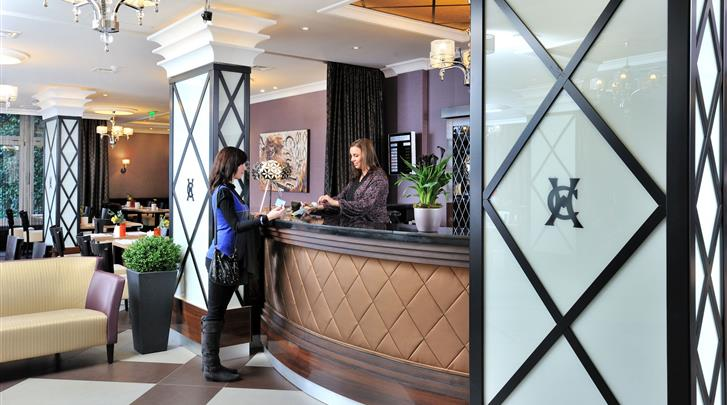Boedapest, Hotel Carlton