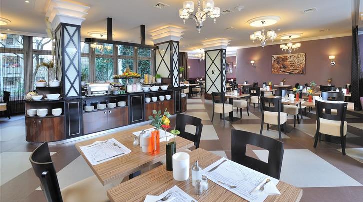 Boedapest, Hotel Exe Carlton (BUD), Restaurant