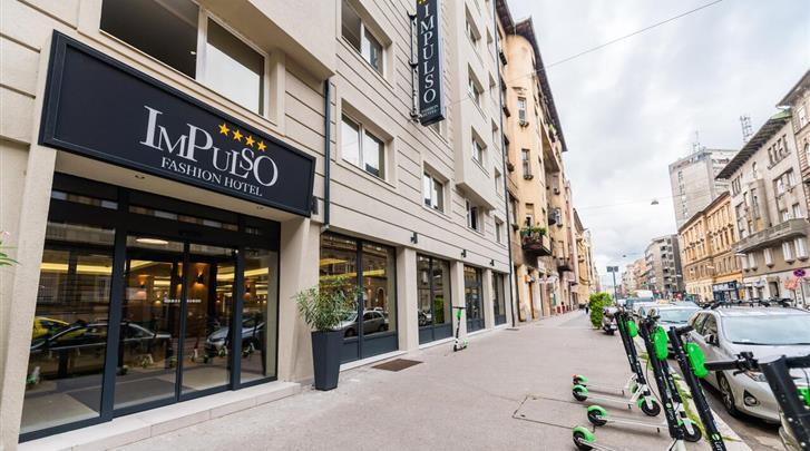 Boedapest, Hotel Impulso Fashion, Façade hotel
