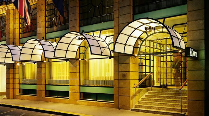 Boedapest, Hotel K K Opera, Façade hotel