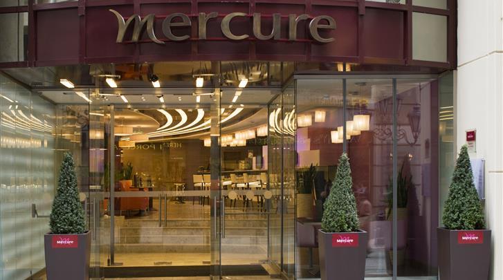 Boedapest, Hotel Mercure Budapest City Center, Façade hotel
