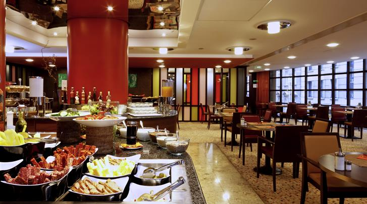Boedapest, Hotel Mercure Budapest City Center, Ontbijt-/lunchrestaurant