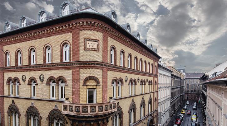 Boedapest, Hotel Museum Budapest, Façade hotel
