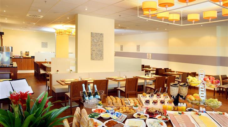 Boedapest, Hotel Star Inn, Ontbijtbuffet