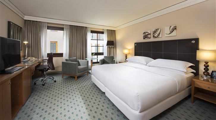 Dresden, Hotel Hilton Dresden, Hilton Guest Room
