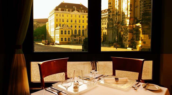 Dresden, Hotel Hilton Dresden, Restaurant Rossini