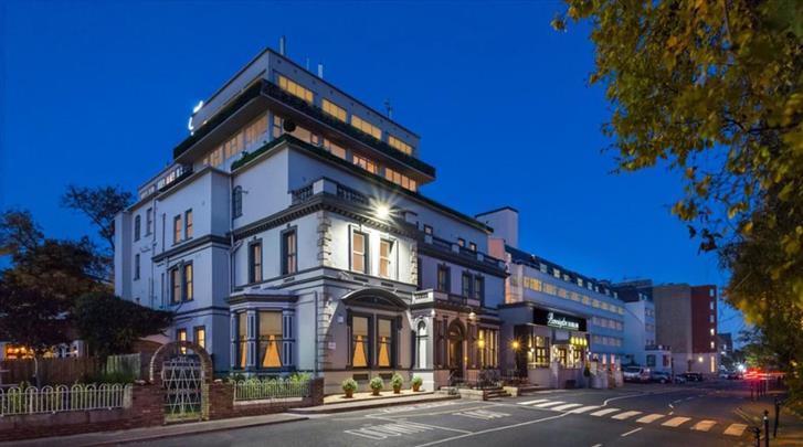 Dublin, Hotel Bonnington, Façade hotel
