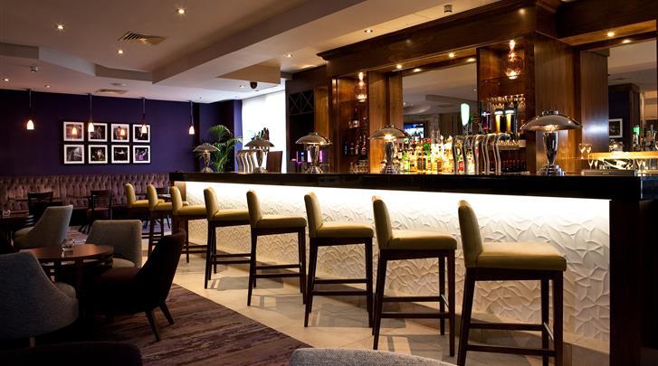 Dublin, Hotel Jurys Inn Parnell Street, Hotel bar