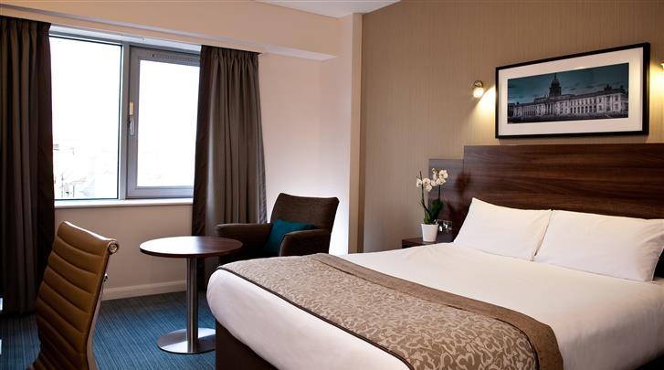 Dublin, Hotel Jurys Inn Parnell Street, Standaard kamer
