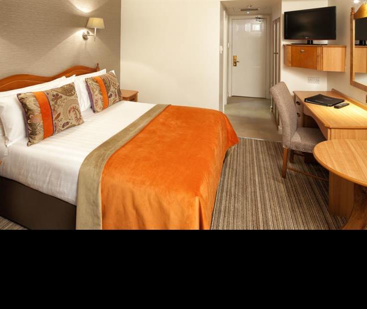 North Star & Premier Club Suites