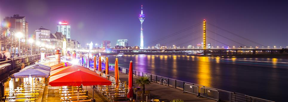 Düsseldorf, Dusseldorf by night