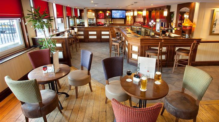 Edinburgh, Hotel Jurys Inn Edinburgh, Hotel bar