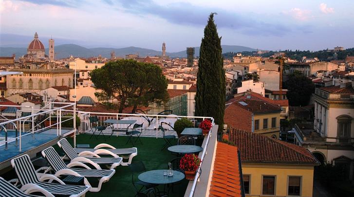 Florence, Hotel Kraft, Terras met zwembad