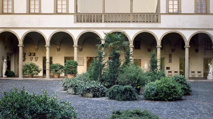 Florence, Hotel Palazzo Ricasoli, Façade hotel