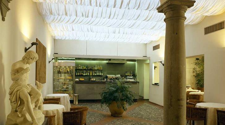 Florence, Hotel Palazzo Ricasoli, Hotel bar